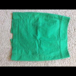 High-waisted green dress skirt